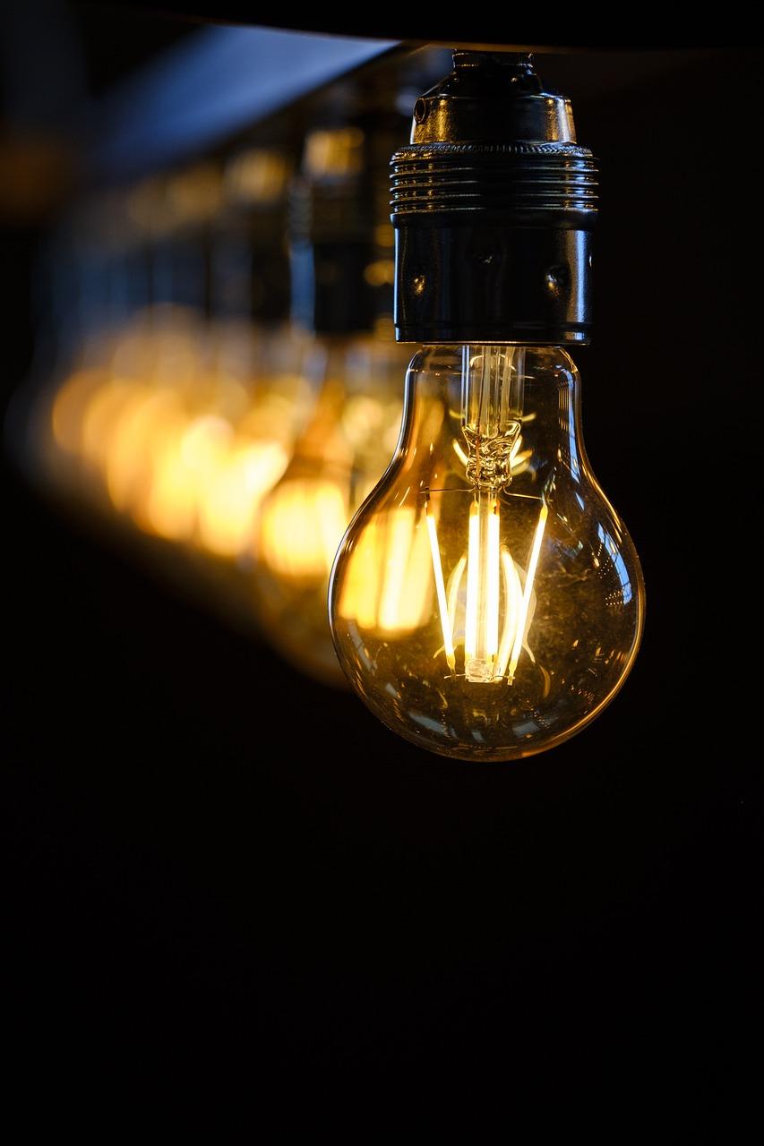 ampoules-electriques